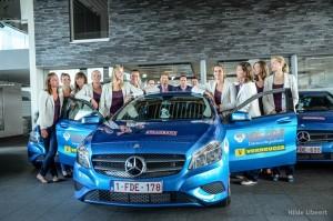 Les championnes en titre du VDK Gent avec leurs nouveaux véhicules.