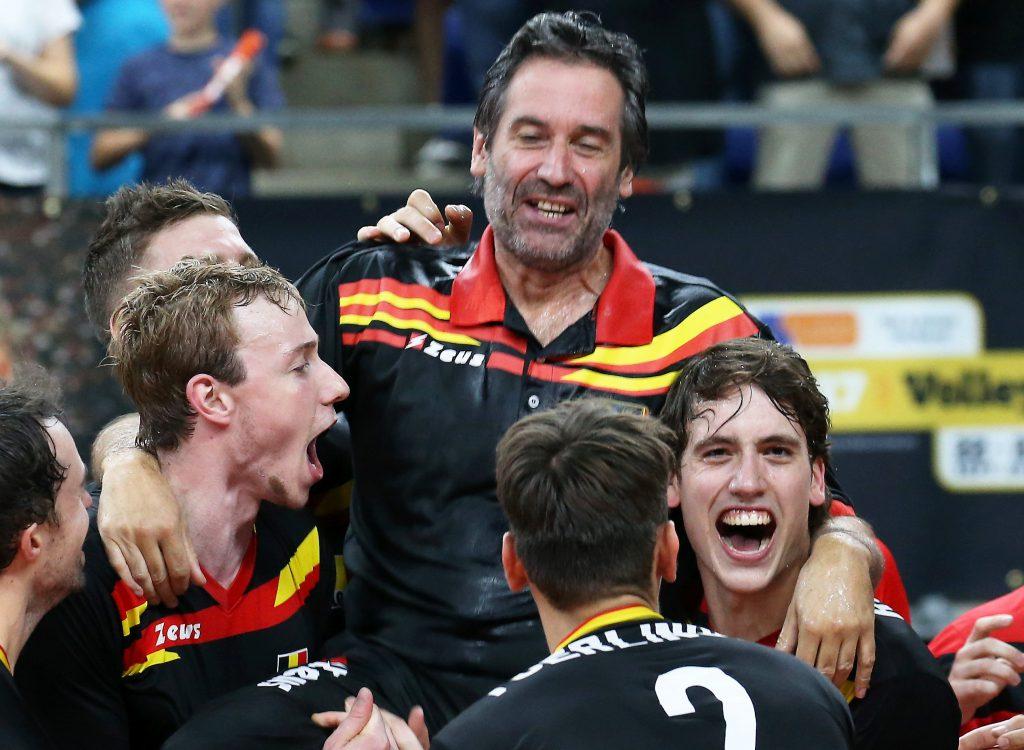 C'est sur cette victoire face à la Moldavie que Dominique Bayens quitte son poste de sélectionneur national. Il cèdera la place à Vital Heynen (Credit : VDB / BART VANDENBROUCKE)